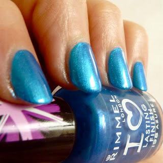 Rimmel Lasting Finish Nail Polish in Azure