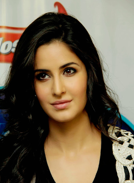 Bollywood, Actress, Katrina Kaif, Ek Tha Tiger, Hindi, Film, Movie, Ranbir Kapoor, Marriage, Proposal, Showbiz, Life, Actor, Entertainment, News, India,