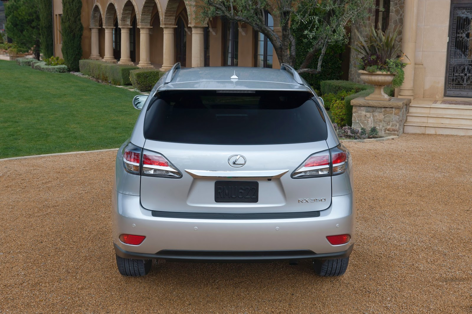 Rear view of 2014 Lexus RX350 F-Sport