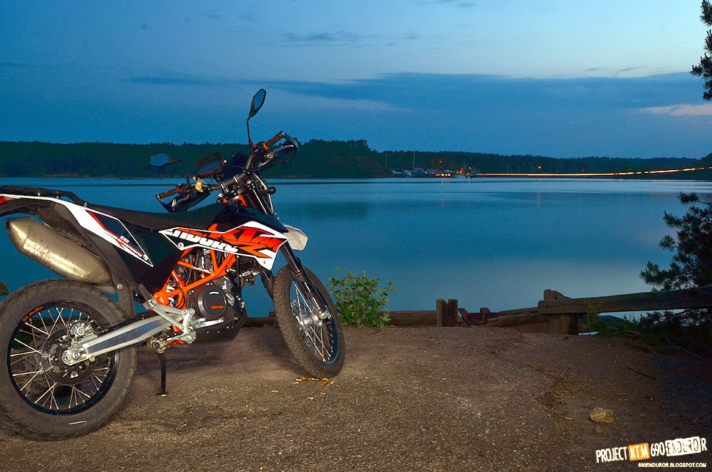 2014 KTM 690 enduro R at night on the seaside