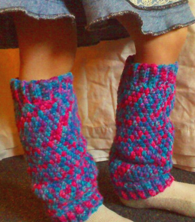 Earning-My-Cape: Crochet Leg Warmers (Child sized)
