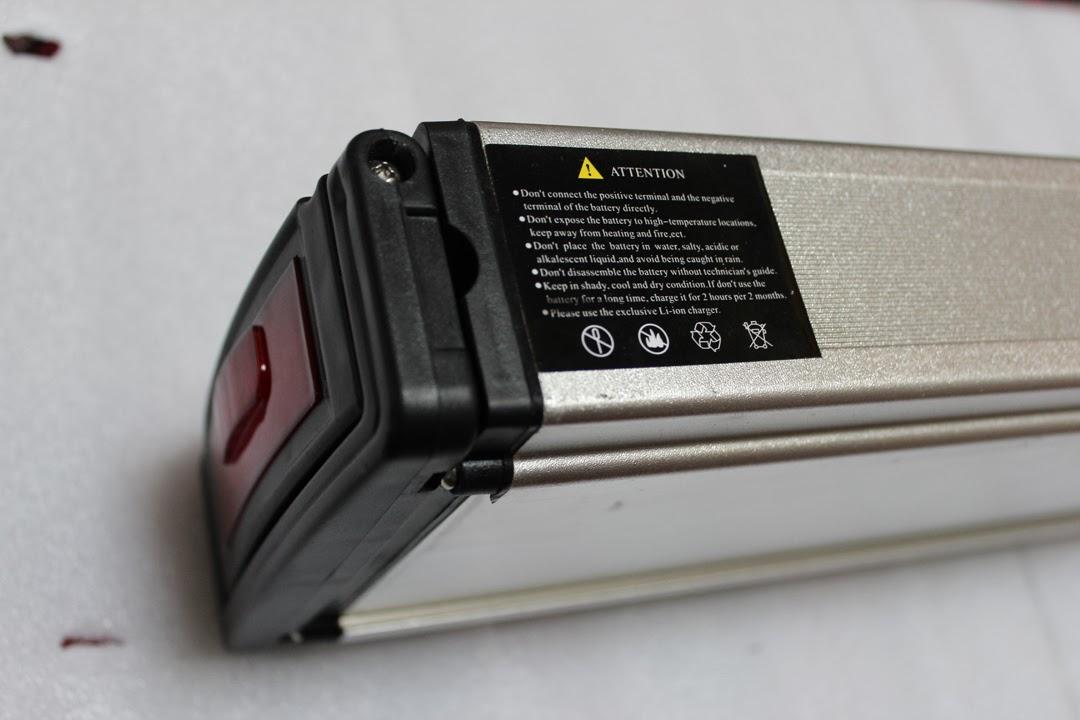 VENDIDA-Batería Headway 36v-10ah/portabultos y cargador. IMG_3324