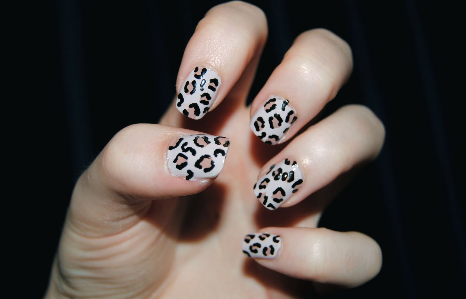 ... nail tutorial if you'd like to achieve these easy leopard print nails