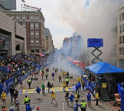 Maraton Boston Digegar Dengan Letupan