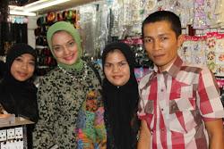 3, Rantai ke Hongkong dari BMT Beringharjo, Yogyakarta