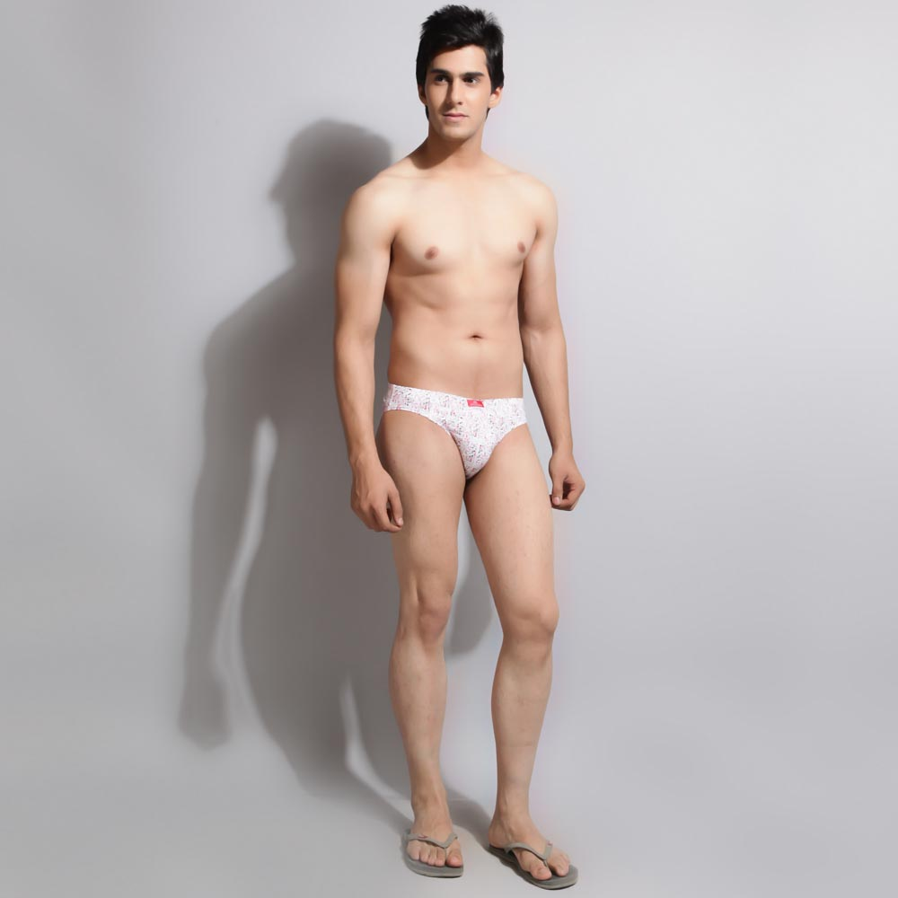 Who Is This Cute Guy In Briefs Defo Amateur Indian Male Model