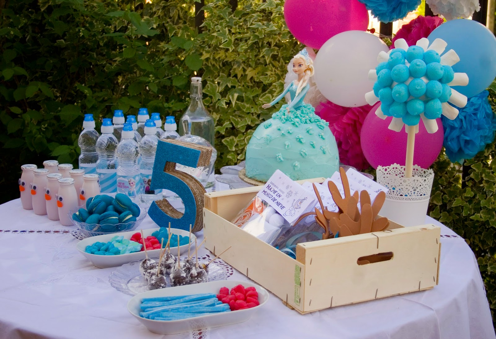 Diariodeco14 candy bar frozen para la princesa sorteo decorar en familia def deco - Ideas decoracion bar ...