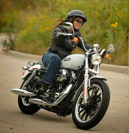 Tips tetap rapi bekendara bagi ladies biker's & boncengers