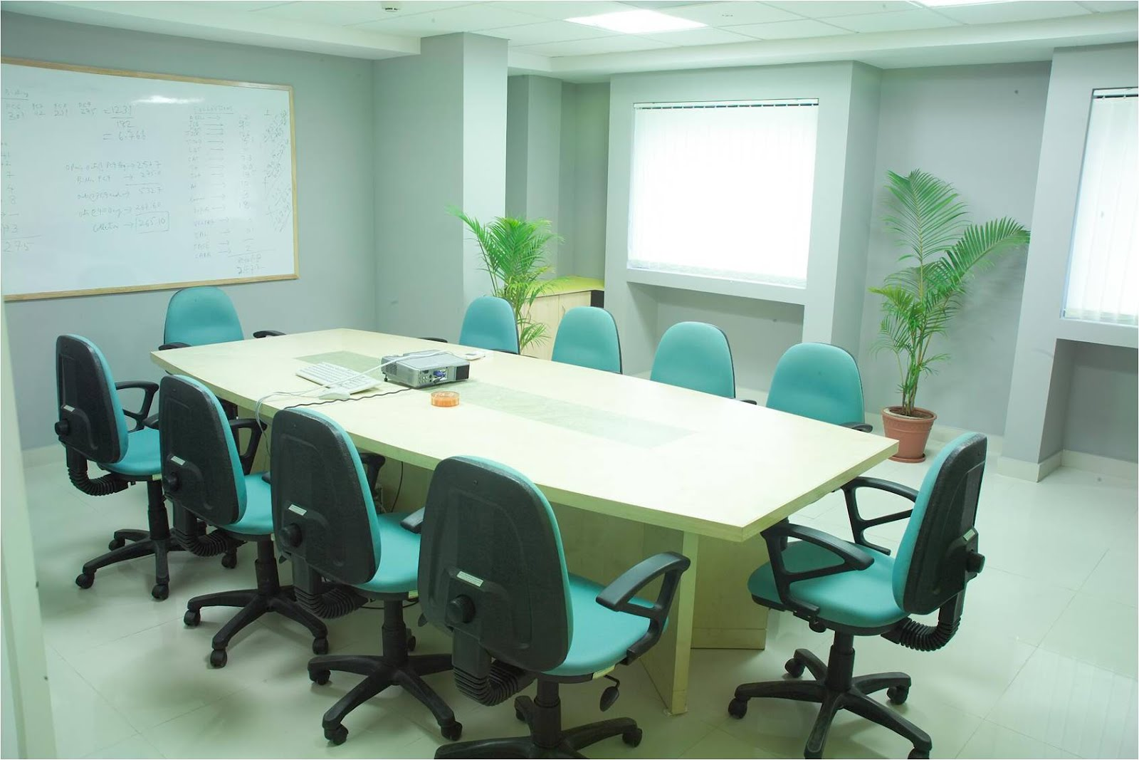Seater Conference Table For Sale In Hyderabad - 10 seater conference table