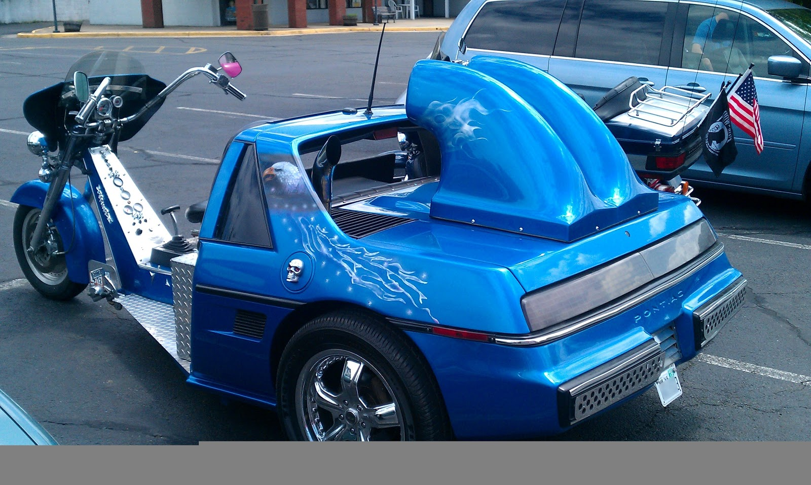 Car Bizarre Fiero Trike