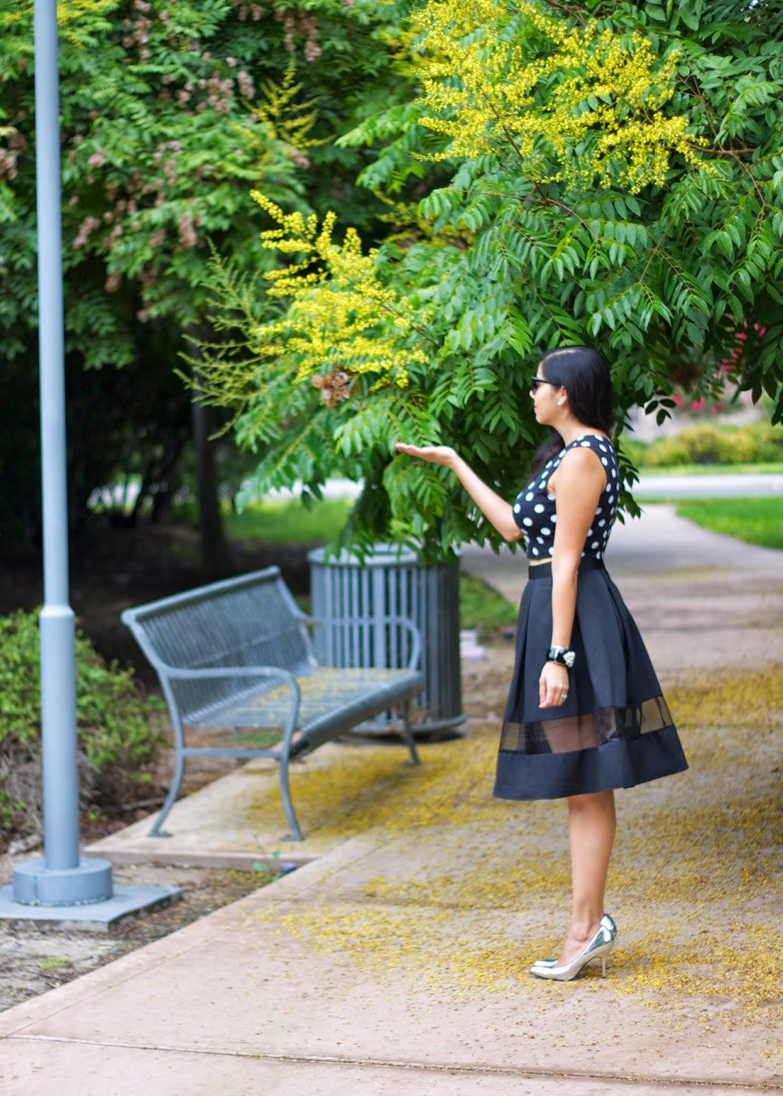 socal fashion blogger, california blogger, la blogger, midi skirt from express, how to wear a midi skirt, polka dot crop top, forever 21 polka dot crop top