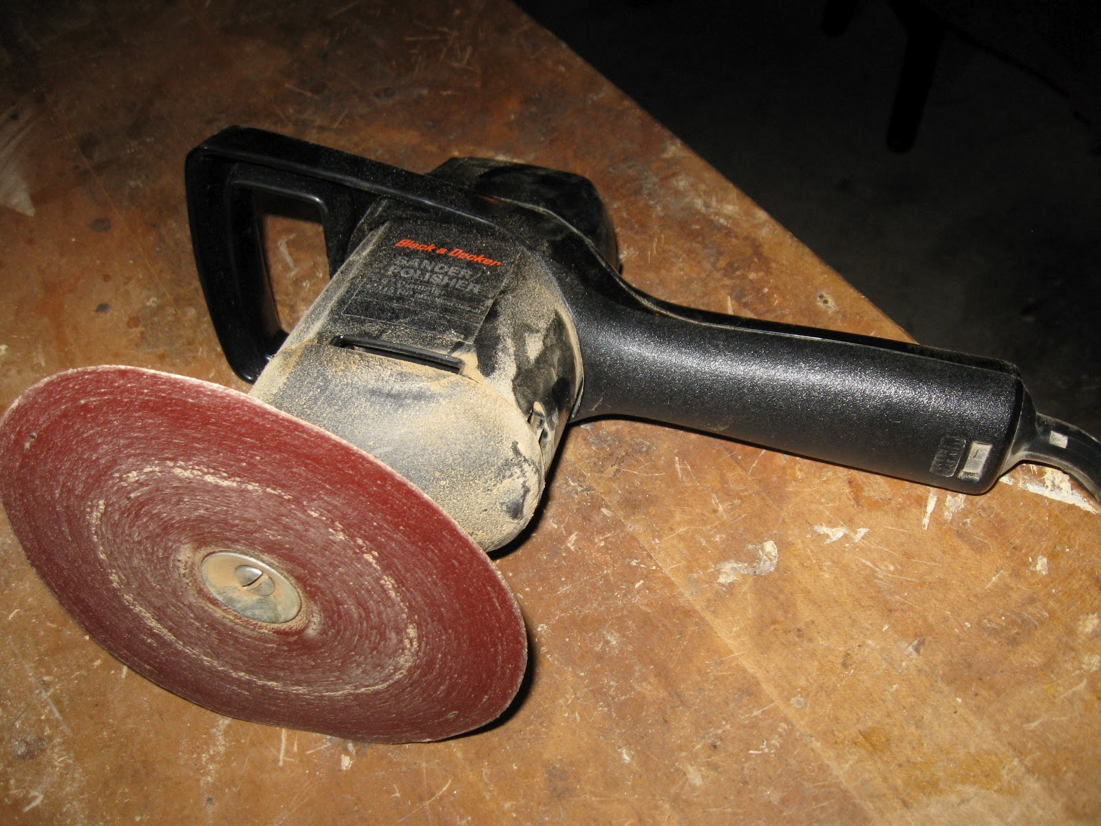 how to use an orbital sander on furniture