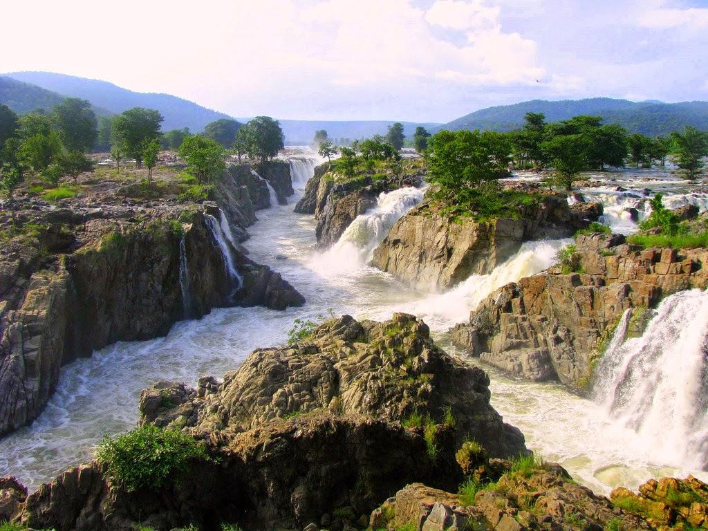 Hoggenakal falls, India