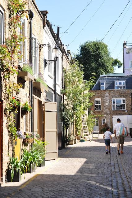 Portobello+Market+Notting+Hill+side+street