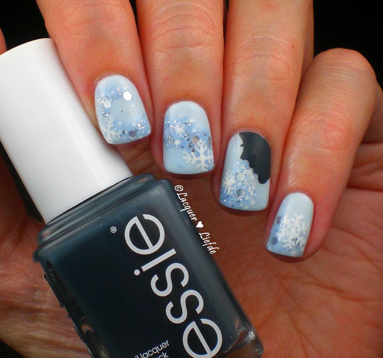 Essie Schneekönigin Weihnachts Nägel