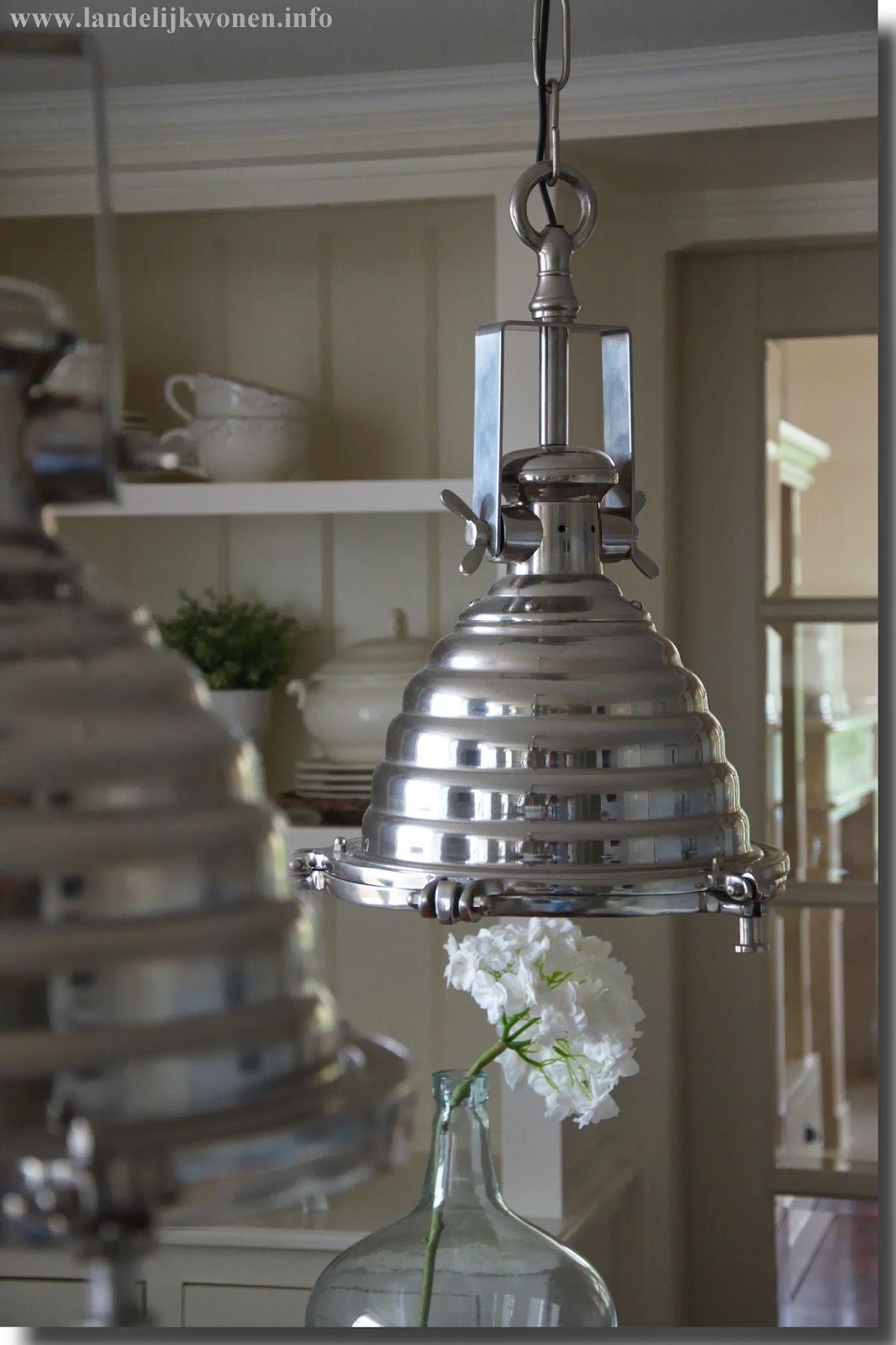 Hanglampen landelijke stijl great landelijke milicia for Landelijke lampen