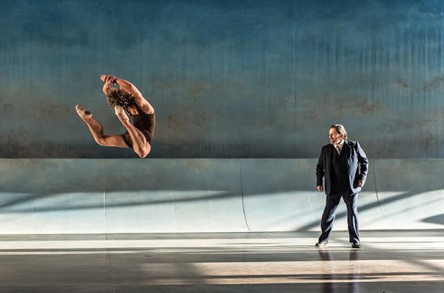 Celestin Boutin, Paul Nilon - Death in Venice - Garsington Opera - photo Clive Barda