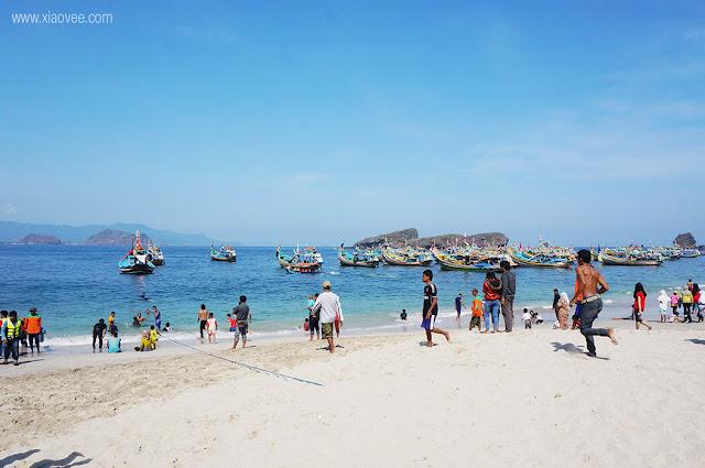 tanjung papuma beach, papuma jember, tanjung papuma review