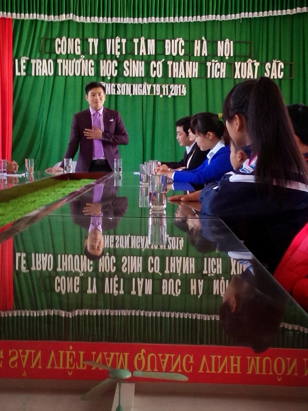 Mr. Dương Bốn phát biểu trong buổi lễ