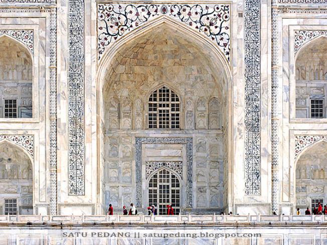 Sejarah Bangunan Masjid Taj Mahal India