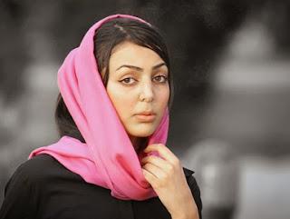 عکس انجلینا جولی در فیلم گردشگر