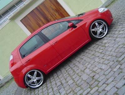 carro punto tuning vermelho
