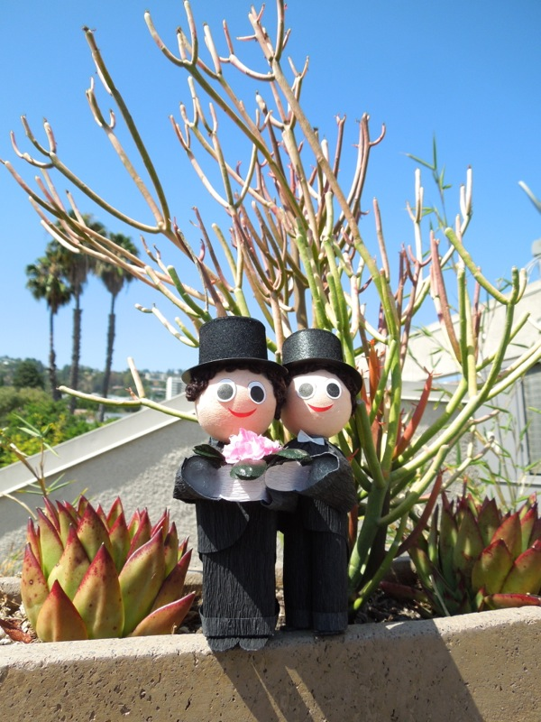 Californian Groom Groom Wedding figures
