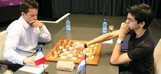 Echecs ronde 3 : Anish Giri (2696) 1-0 Etienne Bacrot (2713) © site officiel