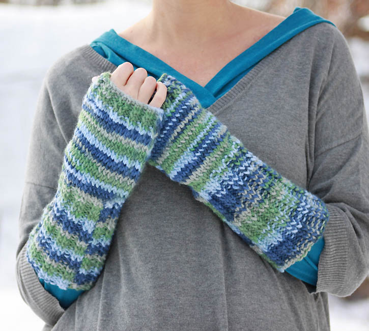 Basic Gloves Knitting Pattern : Fingerless Gloves [knitting pattern] - Gina Michele