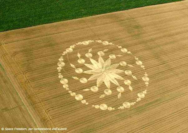 Los Circulos y dibujos en los campos nos dan un mensaje Extraterrestre 20120620+2012+crop+circle+2