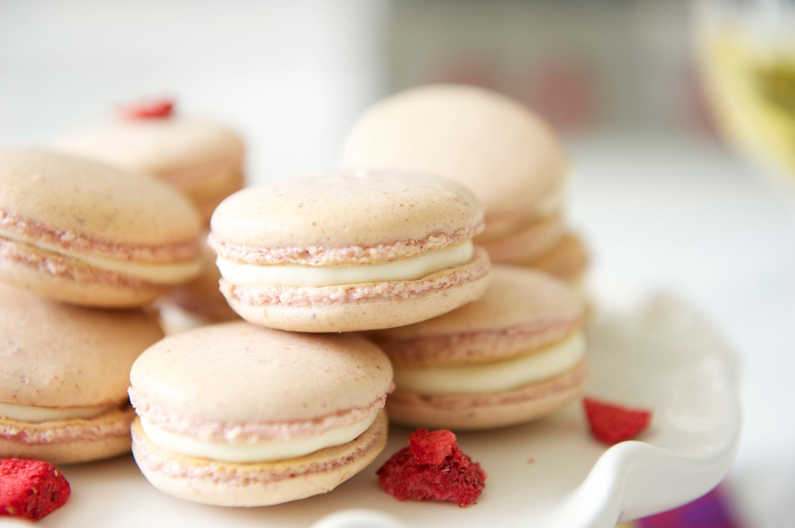 ... ON THE BRAIN: DESPERATELY REAL STRAWBERRIES AND CREAM MACARONS (GF