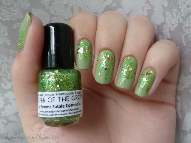 Femme fatale cosmetics Keeper of the grove & Essie Navigate her