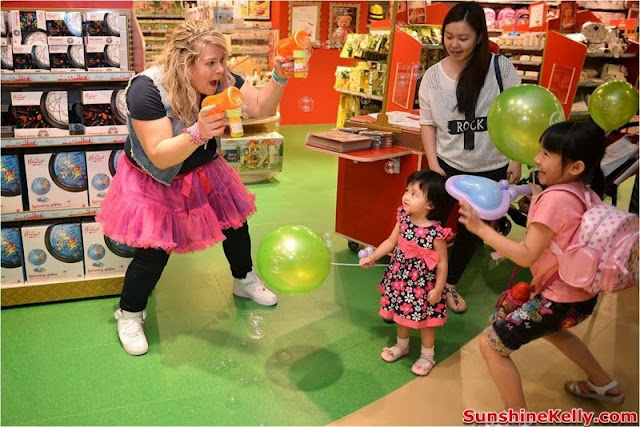 Hamleys Toy Shop In Malaysia , hamleys, toys store, toys, hamleys bear, play