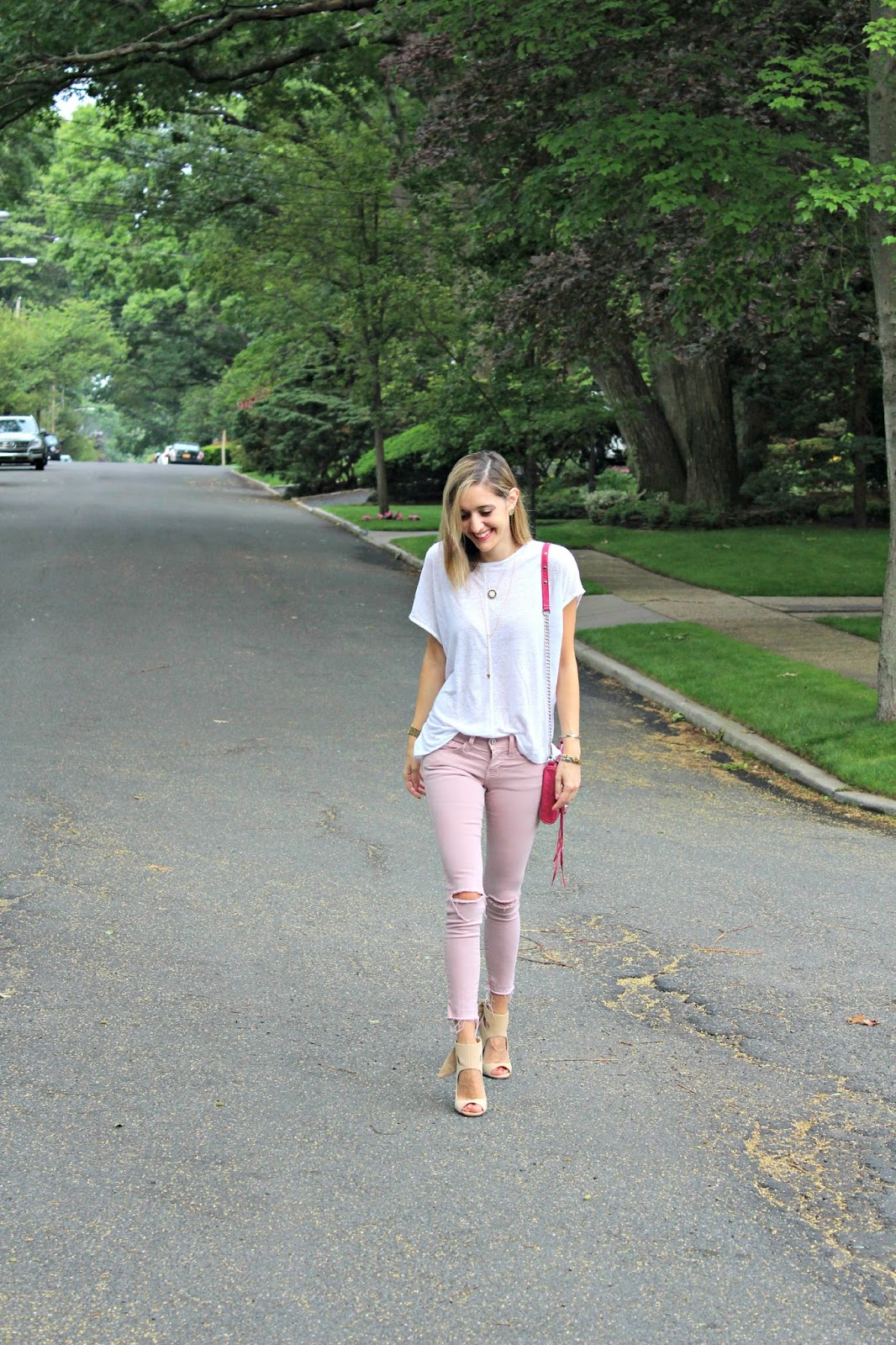 colored jeans outfit