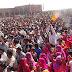 वोट बैंक की राजनीति करती है कांग्रेस: मोदी