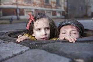 In-Darkness-movie-Milla-Bankowicz_Robert-Wieckiewicz