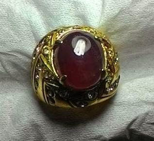 Batu Natural Ruby Pigeon Blood Kristal
