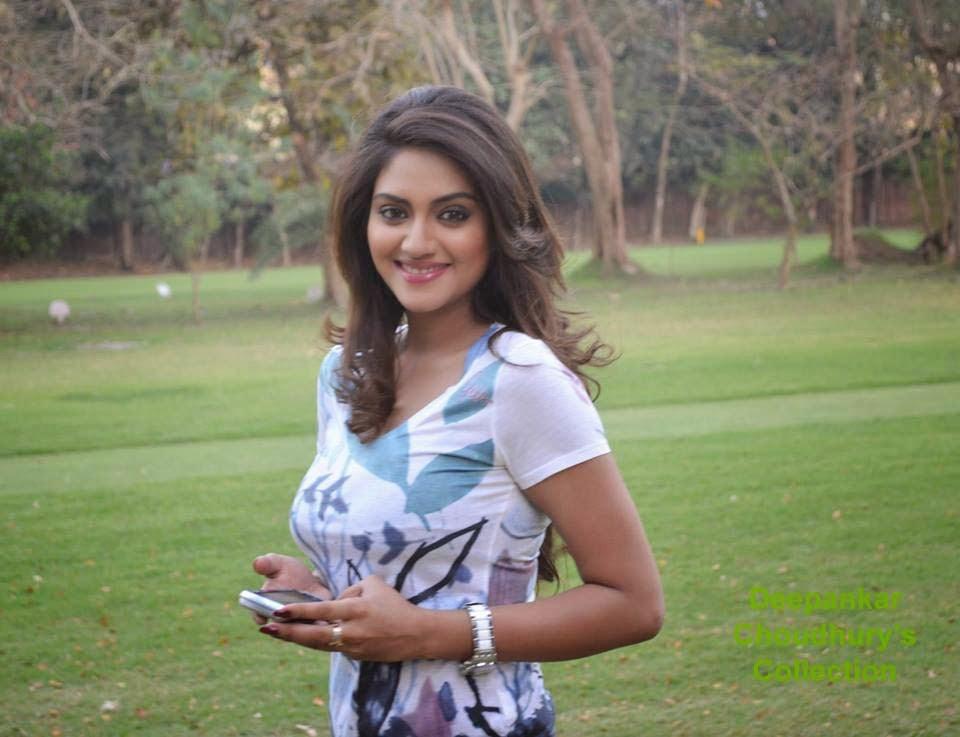 Kolkata girl Nude Photos 16