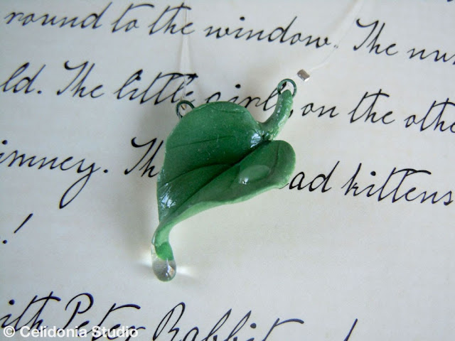 rainy leaf jewel in polymer clay