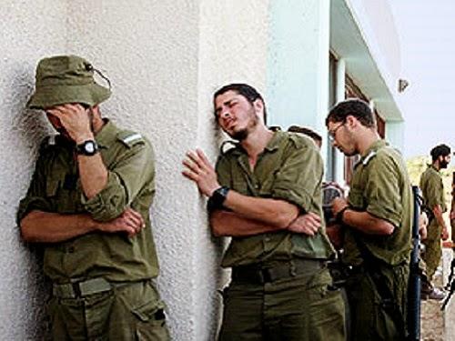Pasukan Israel menangis