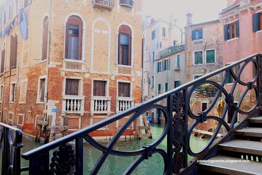 Ponte dei Conzafelzi, Castello Venice capturingvenice.blogspot.com