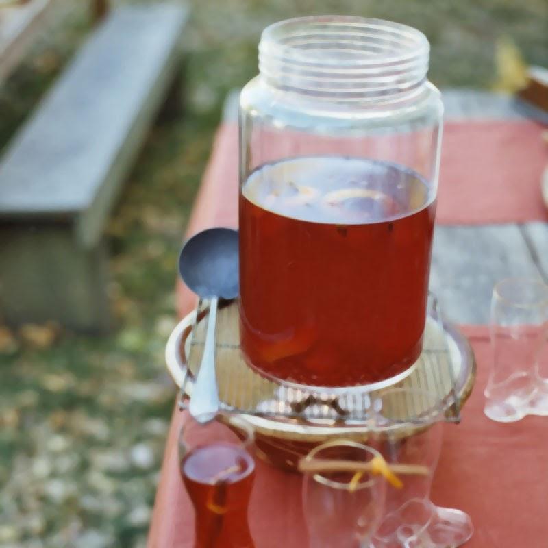 gal. pasteurized apple cider or apple juice