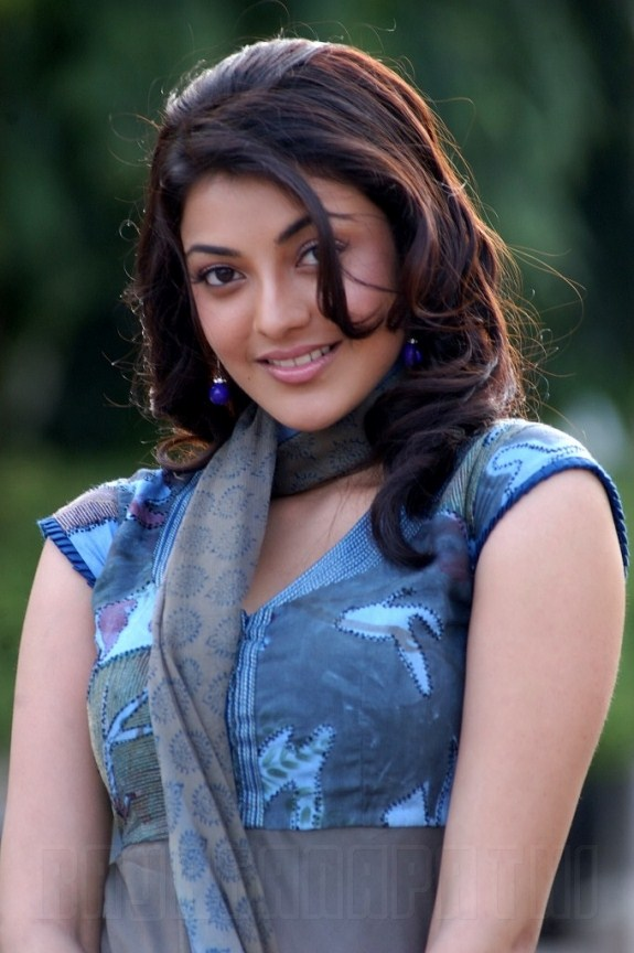 Last bing queries pictures for kajal agarwal in black dress in jilla actress kajal agarwal latest photos collection gateway thecheapjerseys Gallery