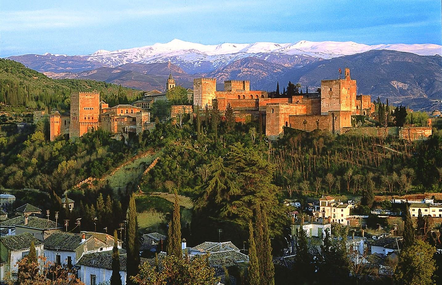 Chambre Double Baudelaire : Silencio adentro: Los Misteriosos Arcanos de la Alhambra…