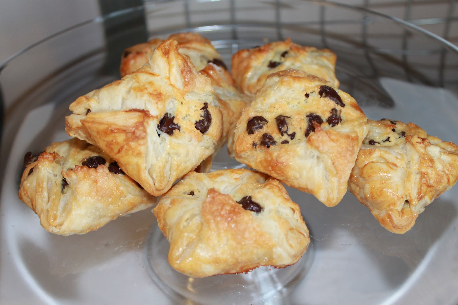 Desserts by Annie: Chocolate Almond Puff Pastry Bundles