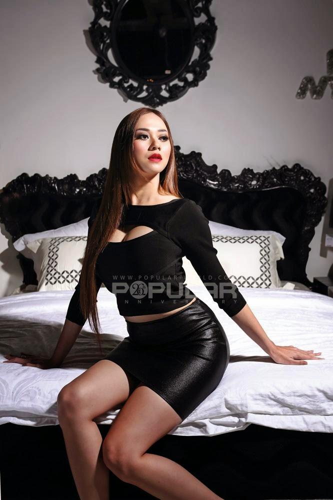 Aura Kasih Paha Mulus - Koleksi Aura Kasih 2014 Hot Popular