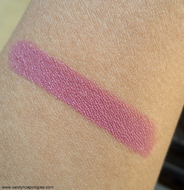 pink berry mauve lilac lipstick for indian skin tone