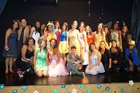 Normalistas do Colégio Estadual Edmundo Bittencourt apresentaram a peça teatral 'Entre Contos de Fadas'