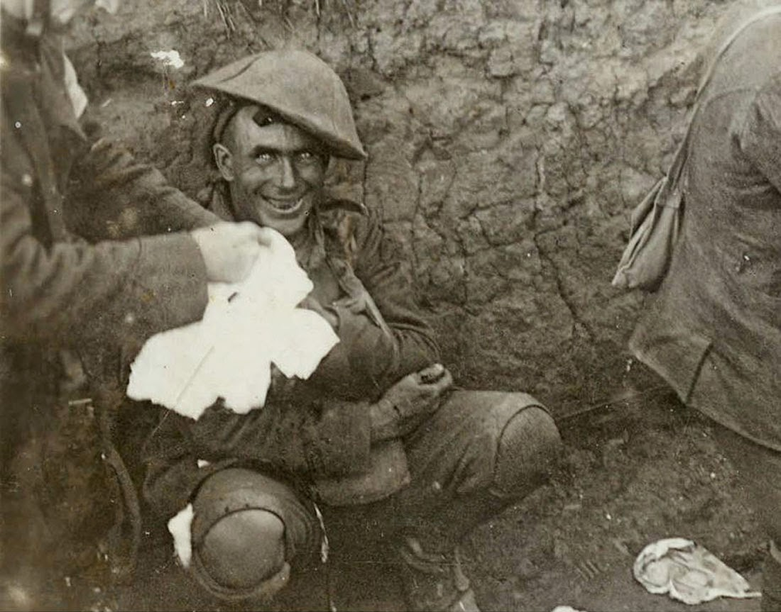 [Image: Shell+shocked+soldier,+1916.jpg]