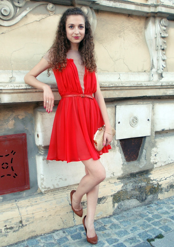 Love Style Magic: Gold and red
